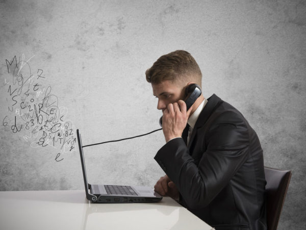 5 Factors to Consider When Choosing a VoIP for Your Business