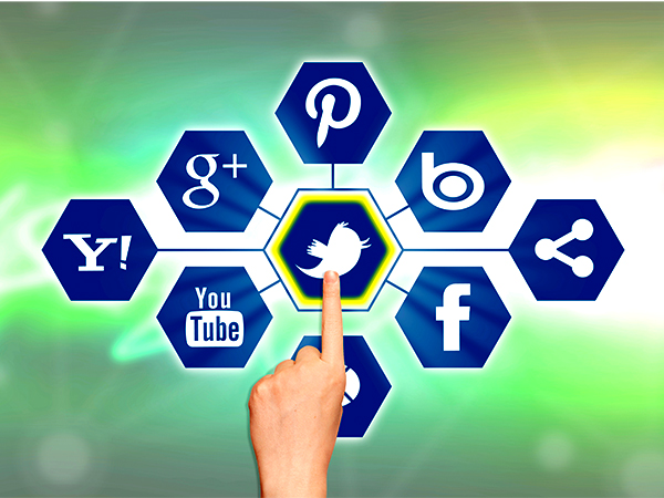 Revamp Your Marketing Campaigns With Social Media Management Tools