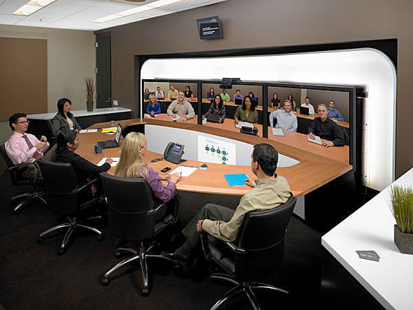 The Pros and Cons of Using Video Conferencing Software for Training