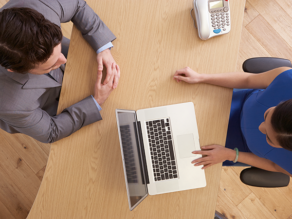 Benefits and Downsides of Outsourcing Your Payroll Management