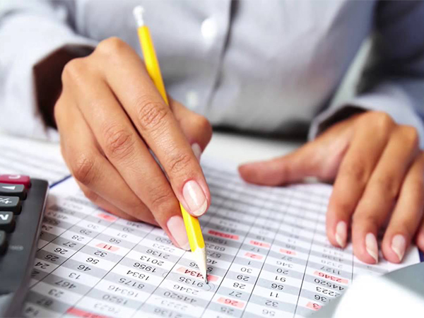 The Merits and Demerits of Payroll Outsourcing