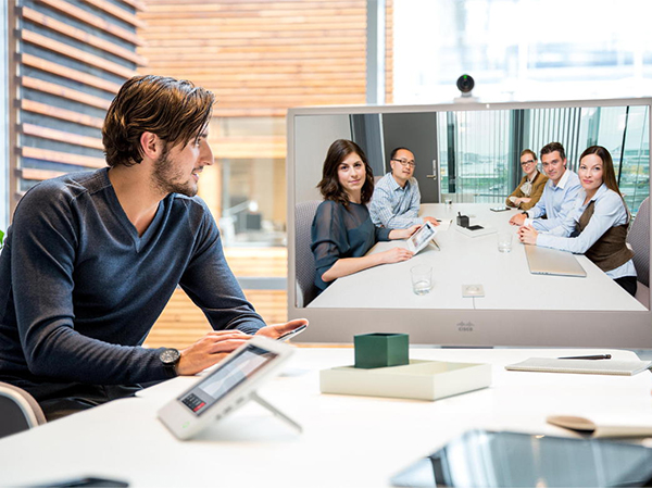 Various Uses of Video Conferencing in Today's Electronic Era
