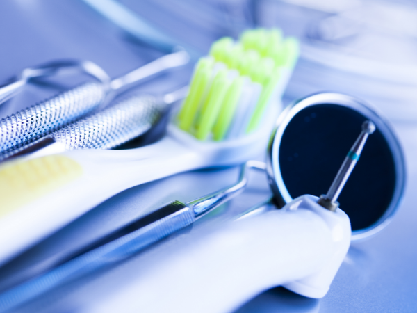 Dental Practice Management Software: Ready to be in the Cloud?