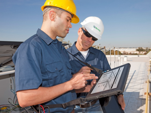 What Field Service Management Software Is and Its Features