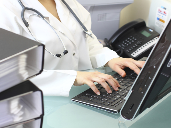 How to Choose the Best Electronic Medical Record Software