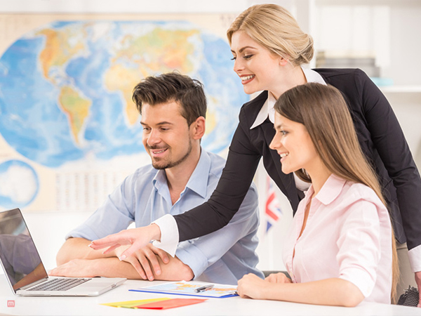 How to Choose the Best Travel Agency Software