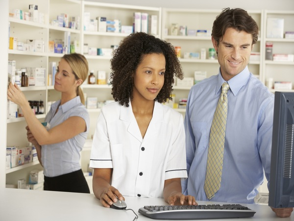 Top 7 Reviews of the Best Pharmacy Software and Their Uses